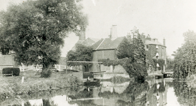 Wainford house and mill c 1920s