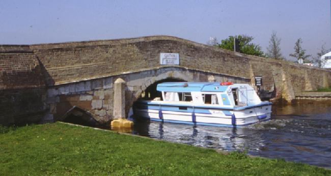 Potter Heigham Bridge. Hire boats must use the bridge pilot.